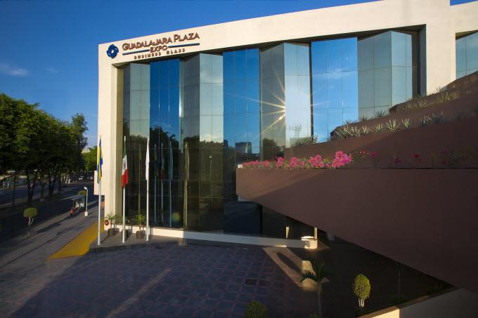 Fachada Guadalajara Plaza Expo