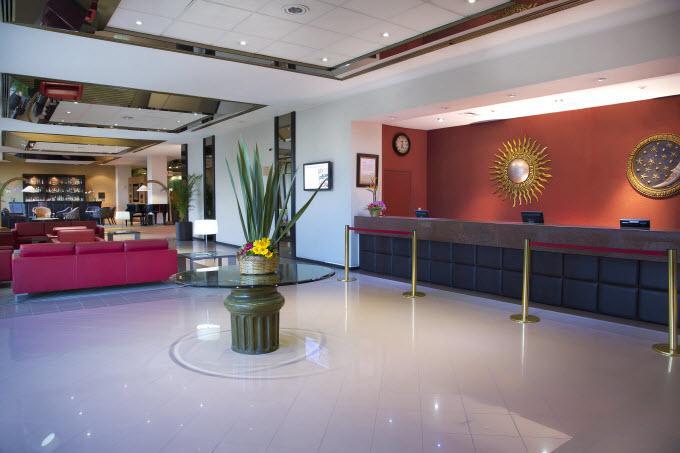 Lobby Guadalajara Plaza Expo
