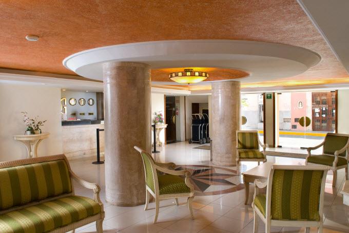 Lobby Hotel El Gobernador