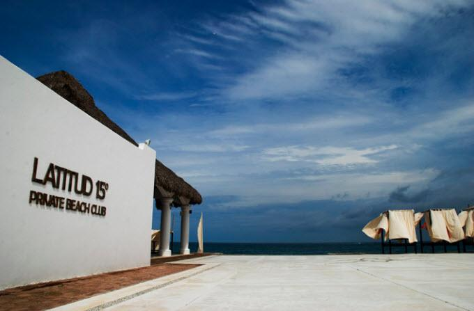 ¡Viaja a Huatulco! Hotel La Isla Huatulco con desayuno incluido