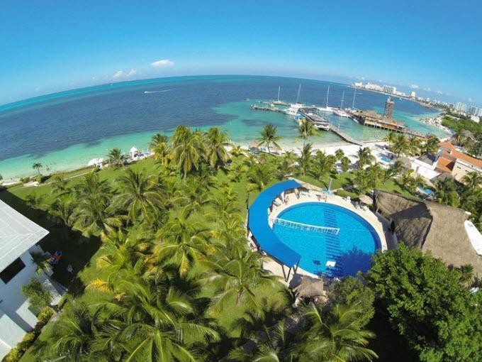 Paquete hotel vuelos celuisma dos playas paquetes for Paquete familiar en un hotel