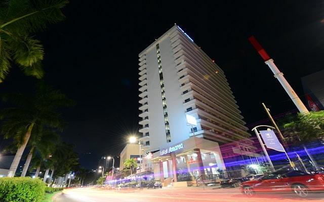 Amarea Hotel Acapulco, buena ubicación