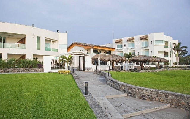 Artisan Family Hotels And Resorts Collection en Playa Chachalacas
