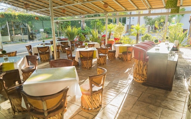 Áurea Hotel and Suites, Restaurante Flor de Aguacate