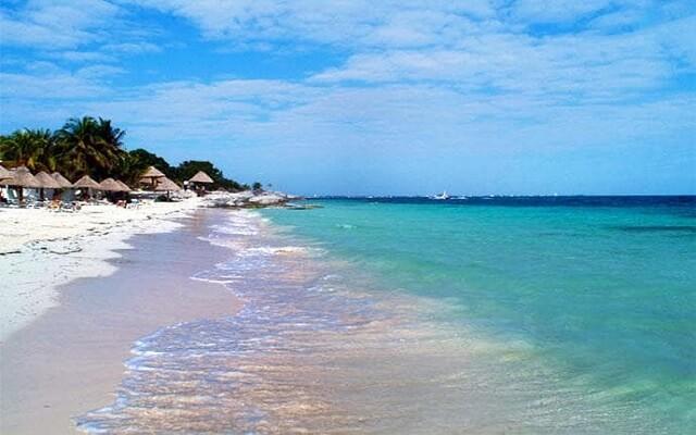 Beach House Maya Caribe by Faranda Hotels, buena ubicación a pie de playa
