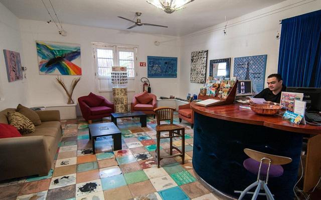 Blue Parrot Hotel 5th Avenue, atención personalizada desde el inicio de tu estancia