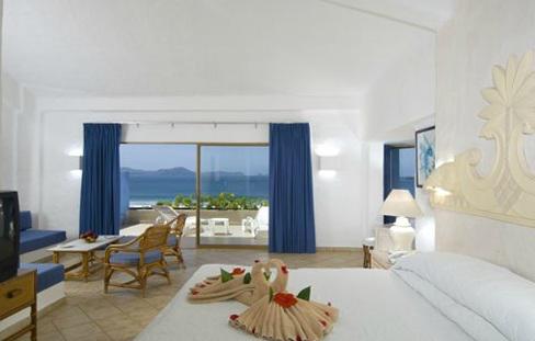 Habitación vista al mar del hotel Bluebay Los Ángeles Locos