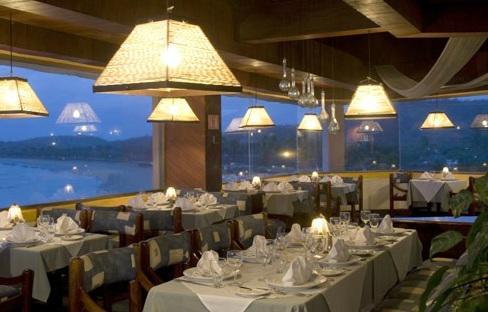 Restaurante del hotel Bluebay Los Ángeles Locos
