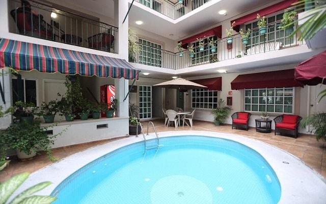 Boca Inn Hotel and Suites, disfruta de su alberca al aire libre