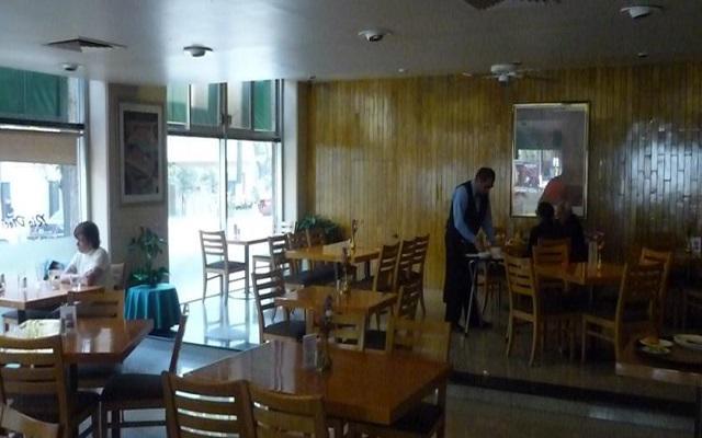 El restaurante Río 17 te ofrece un menú de comida internacional y mexicana