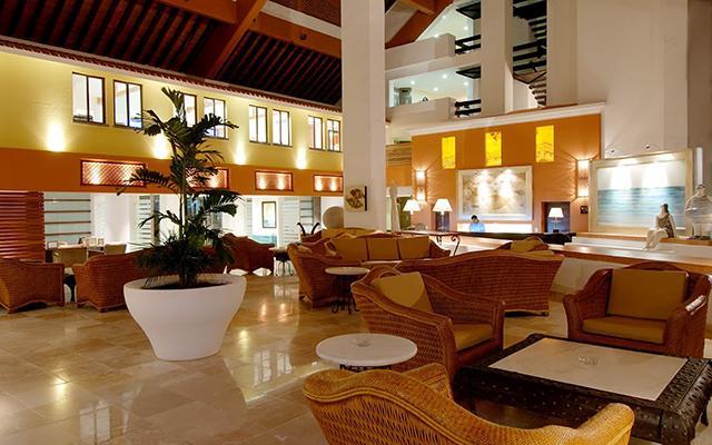 Instalaciones de lujo en su lobby