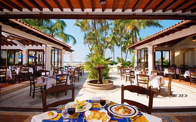 Cálido ambiente y gran servicio en el restaurante Frutas & Flores