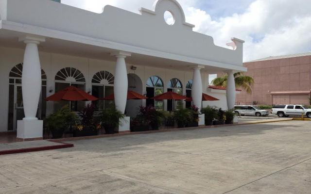Calypso Hotel, Restaurante
