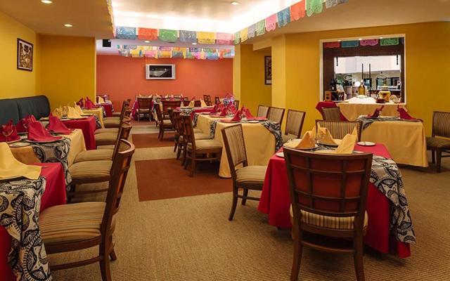 Camino Real Aeropuerto, Restaurante Cualli