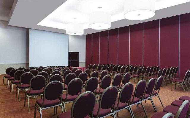 Camino Real Aeropuerto, sala de conferencias