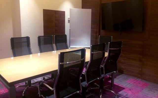 Realiza tus reuniones de negocios en el hotel