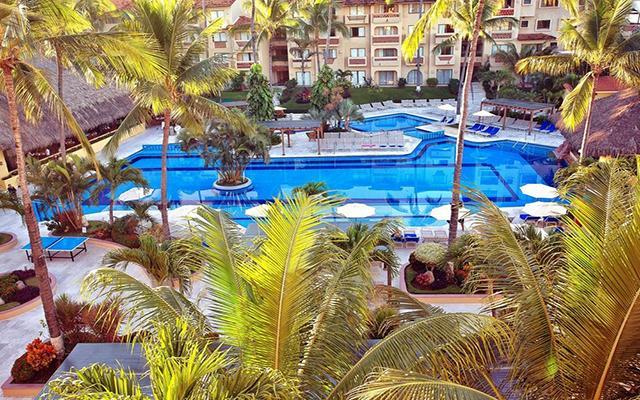 Canto del Sol All Inclusive Beach & Tennis Resort, disfruta de su alberca al aire libre