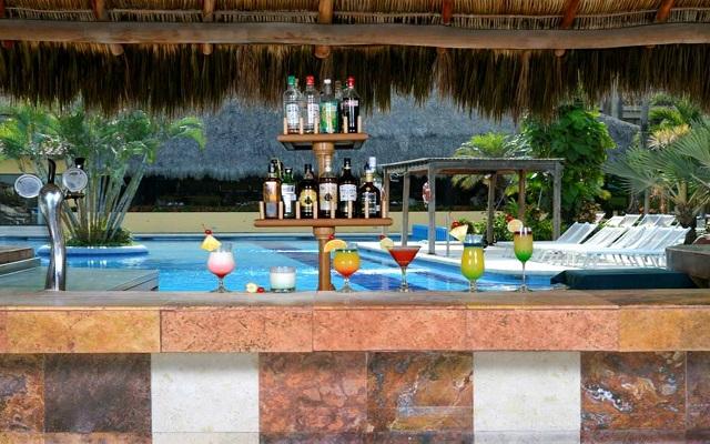 Canto del Sol All Inclusive Beach & Tennis Resort, Aqua Bar El Papagayo