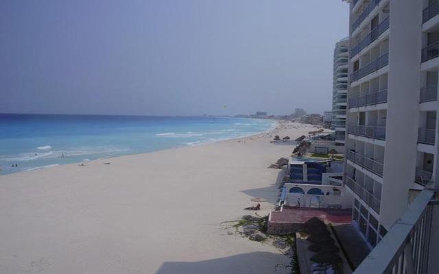 El hotel se sitúa en una de las mejores playas de Cancún