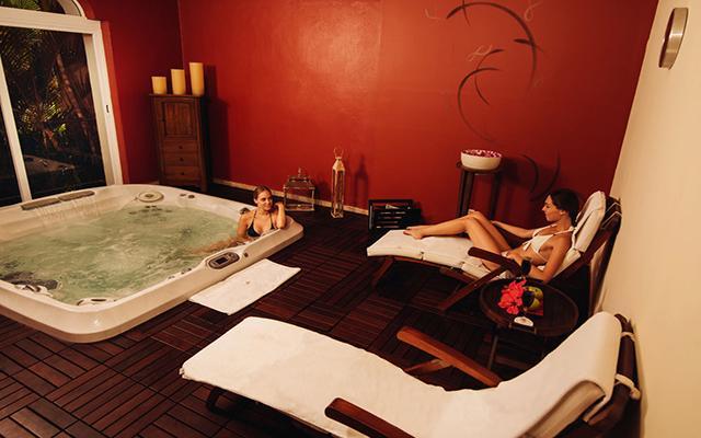 Casa Velas Resort Premium All Inclusive for Adults Only, permite que te consientan en el spa