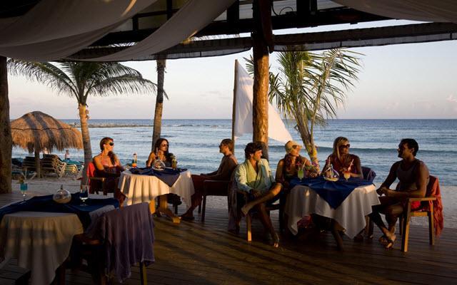 Áreas para experimentar la suave brisa del Caribe