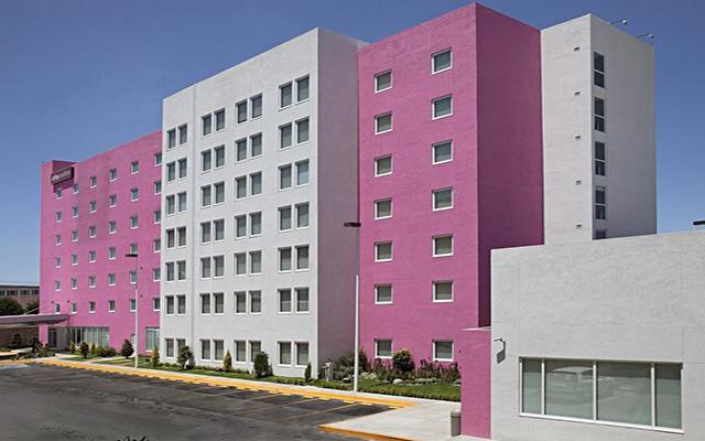 Hotel City Express Suites Toluca en Toluca Ciudad