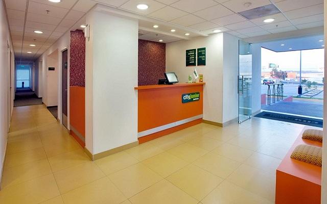 Hotel City Express Junior Guadalajara Periférico Sur, servicio de calidad