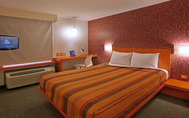 Hotel City Express Junior Guadalajara Periférico Sur, habitaciones cómodas y acogedoras