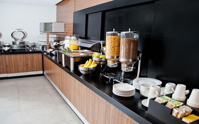 Desayuno americano tipo buffet servido todas la mañanas