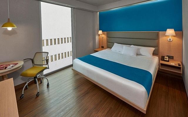 City Express Suites Anzures, amplias y luminosas habitaciones