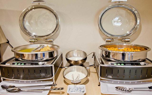 City Express Suites Anzures, rico y variado menú para tu desayuno