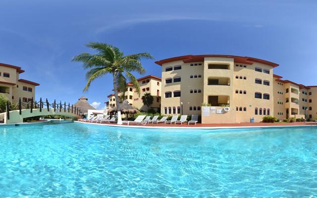 Disfruta del clima de Cancún en su alberca