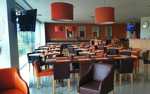 Hotel Comfort Inn Ciudad de México Santa Fe, Restaurante Tamarindos