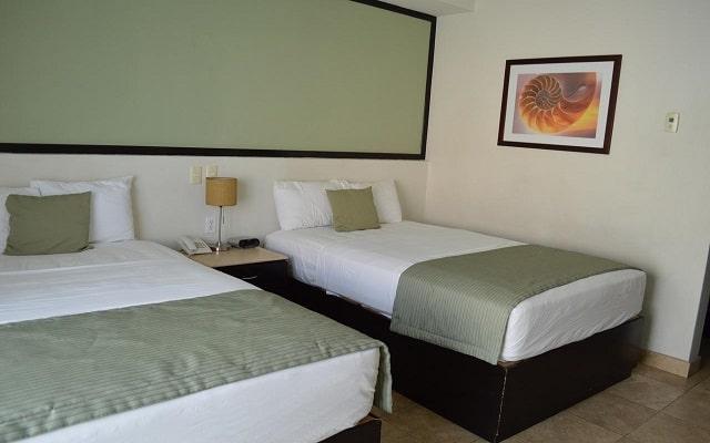 Coral Island Beach View Hotel, amplias y luminosas habitaciones