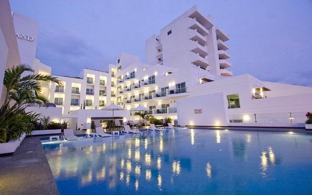 Coral Island Beach View Hotel en Malecón