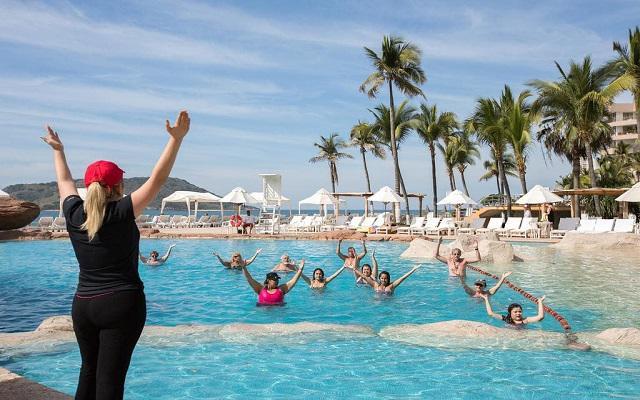 Costa de Oro Beach Hotel, realiza actividades con el equipo de animación