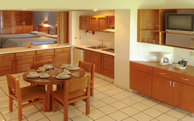 Costa de Oro Beach Hotel, habitaciones con todas las amenidades