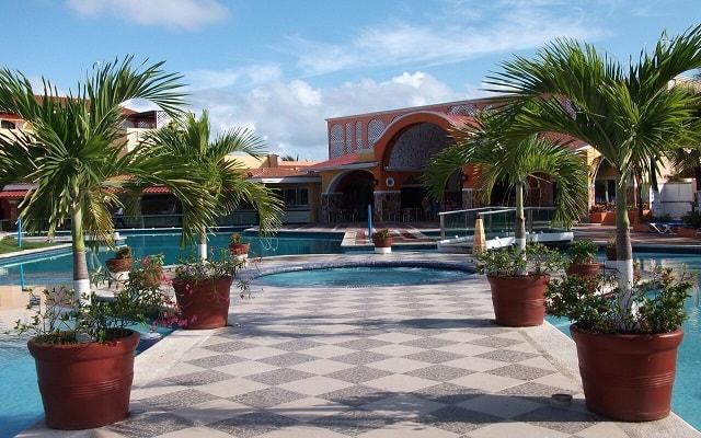 Cozumel Hotel & Resort Trademark Collection by Wyndham, pasa un momento agradable en el jacuzzi