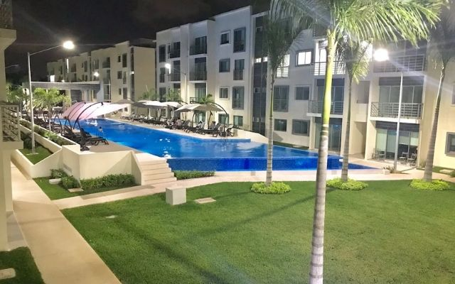 Departamento de Lujo Cancún Aeropuerto, vista noche
