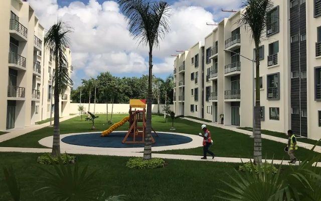 Departamento de Lujo Cancún Aeropuerto, jardín