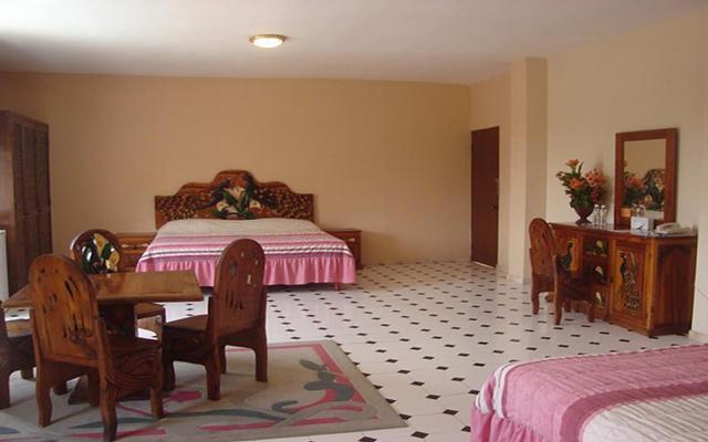 Doña Juana Cecilia Miramar, habitaciones bien equipadas