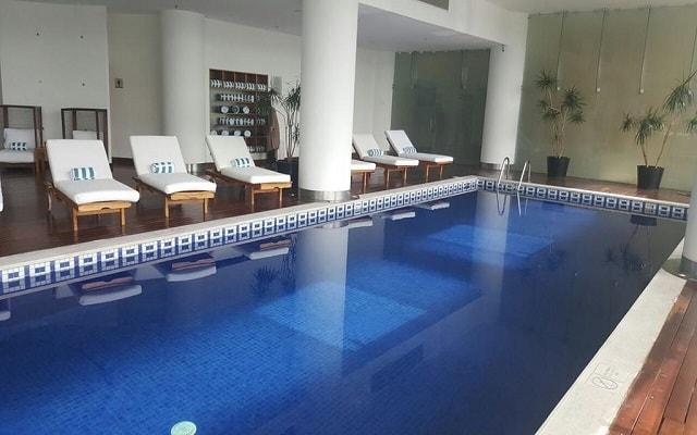 DoubleTree by Hilton Hotel Mexico City Santa Fe, disfruta de su alberca climatizada
