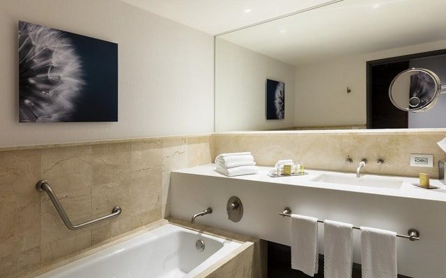 DoubleTree by Hilton Hotel Mexico City Santa Fe, amenidades de calidad