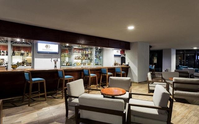 Doubletree by Hilton Hotel Veracruz, Bar 47
