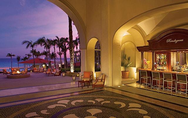 Dreams Los Cabos Suites Golf Resort and Spa, Bar Rendezvous