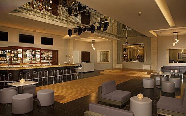 Dreams Los Cabos Suites Golf Resort and Spa, Desires Music Lounge