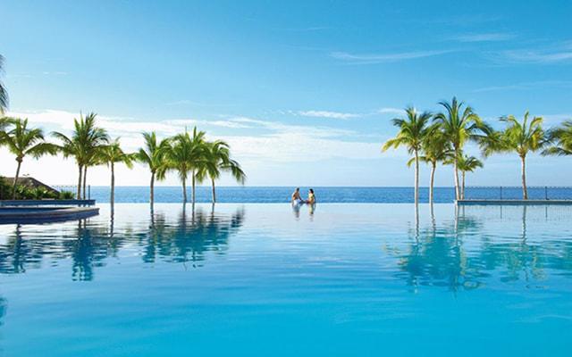 Dreams Los Cabos Suites Golf Resort and Spa, disfruta de su alberca al aire libre