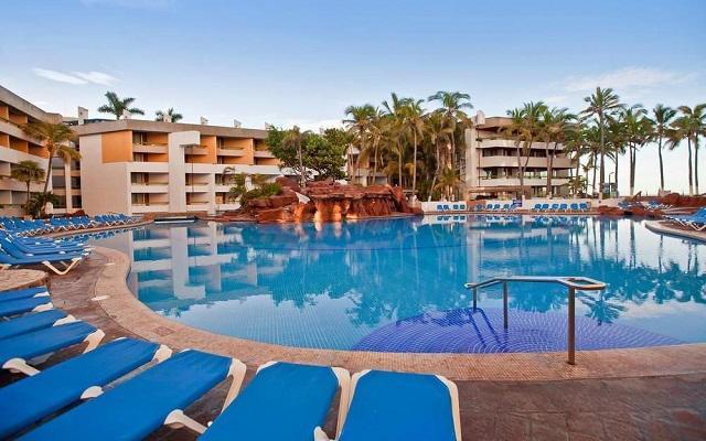El Cid Castilla Hotel de Playa, relájate en la comodidad de sus camastros