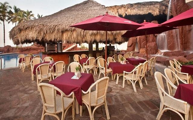 El Cid El Moro Hotel de Playa, prueba su variedad de platillos de cocina nacional e internacional