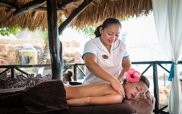 Si deseas descansar podrás contratar un servicio de masaje